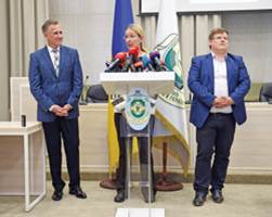 Павло Розенко представив колективу МОЗ нового керівника